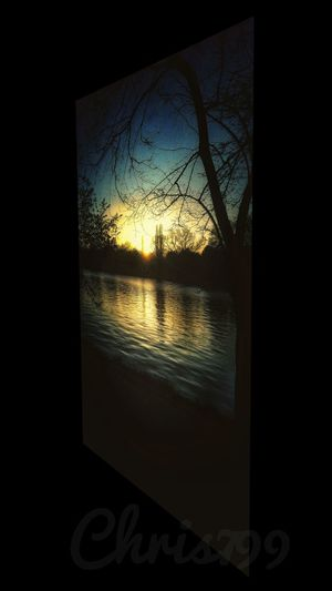 Reflections In The Water Lake Water Reflections Sunset Silhouettes Sunlight Park Walking Herastrau Park, Bucharest Sunset In The City  Springtime Relaxing Tree Trunk Water Sunset Window Frosted Glass Black Background Close-up Sky See Through Looking Through Window Shining Sunbeam Sun Glass - Material Translucent Window Sill