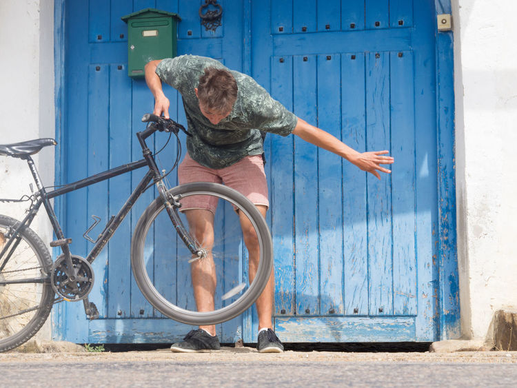 glitch on the Way Of Saint James, Spain Patch Bike Breakdown Change Tires Cycle Cyclist Darn Glitch Mend Mendoza Pilgrimage Tire Travel Photography Tyre Way Of Saint James