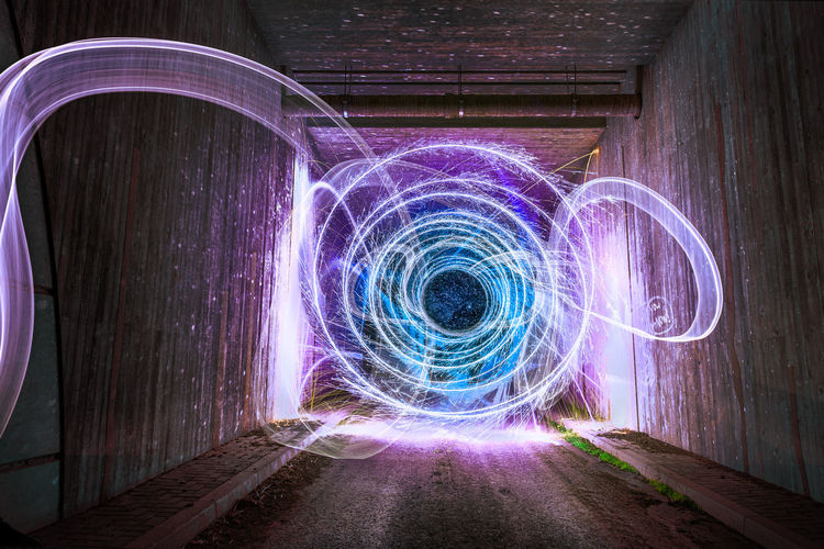 Light painting in tunnel