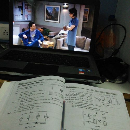 Studying with FRIENDS! 😉😜 Friends Season  1 Controlengineering Tooeasybaby