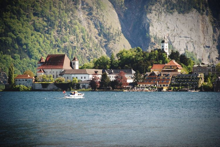 Mountain Water House Waterfront Outdoors Day No People Nature Sea Scenics Travel Destinations Mountain Range Traunkirchen Traunsee Upper Austria  Salzkammergut Austria