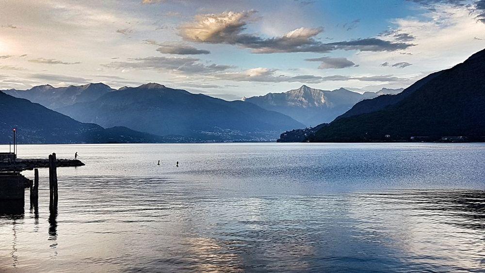 Lago Maggiore Lake Maggiore Cannobio Italia Italy Lakes And Mountains Lake View