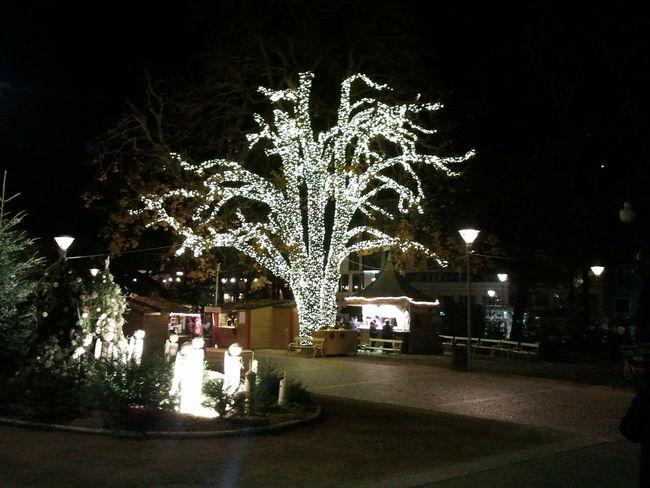 Hanging Out Cristmas Mercatino Di Natale Cristmas Time♥