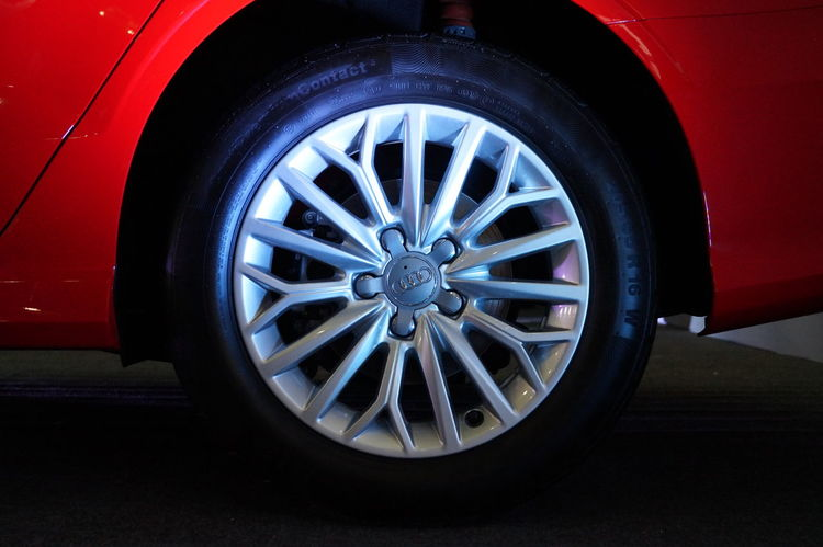 Alloy Alloy Wheels Audi Audi A3 Audi A4 Audi R8 Auto Repair Shop Car Close-up Day Engine Land Vehicle Mode Of Transport No People Outdoors Shiny Spoke Tire Transportation Vehicle Wheel