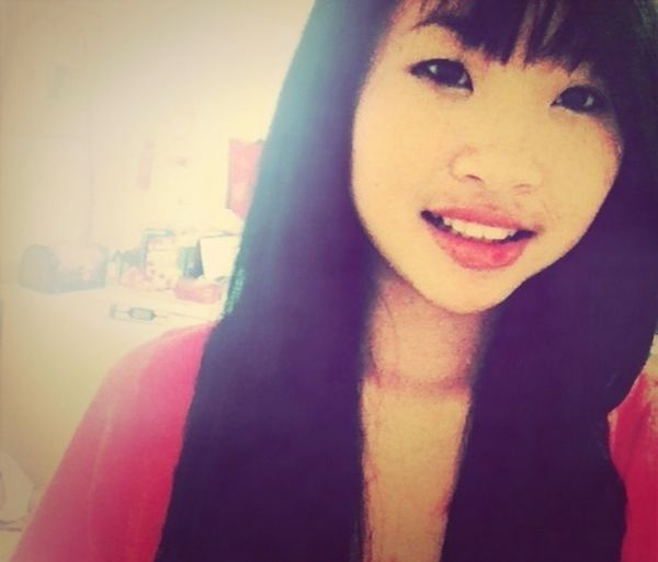 My bangs are so short .-.