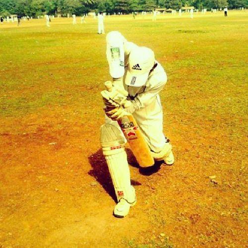 Cricket Ground Cricketers Lefty batsman bmw ss sunridges