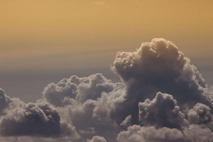 Severodvinsk прогулки в облаках Небо.вечер.