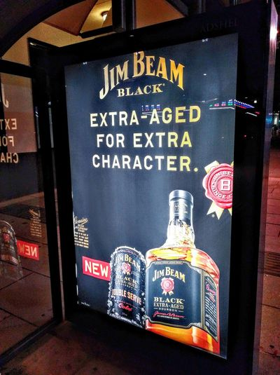 JB Jim Beam Black, Double Serve Sign Hunters SignHunters Alcohol Bourbon Whiskey Text&images No People No People! Check This Out Taking Photos Kentucky  Jamesbeam James Beam Kentucky Straight Bourbon Whiskey Jim Beam Bourbon Whisky Bourbonwhiskey Bourbon Alcohol Extra-aged Character Aged Extra Aged Jimbeamblack Jim Beam Black Jimbeam Commercial Signs Jim Beam Sign Illuminated Signs