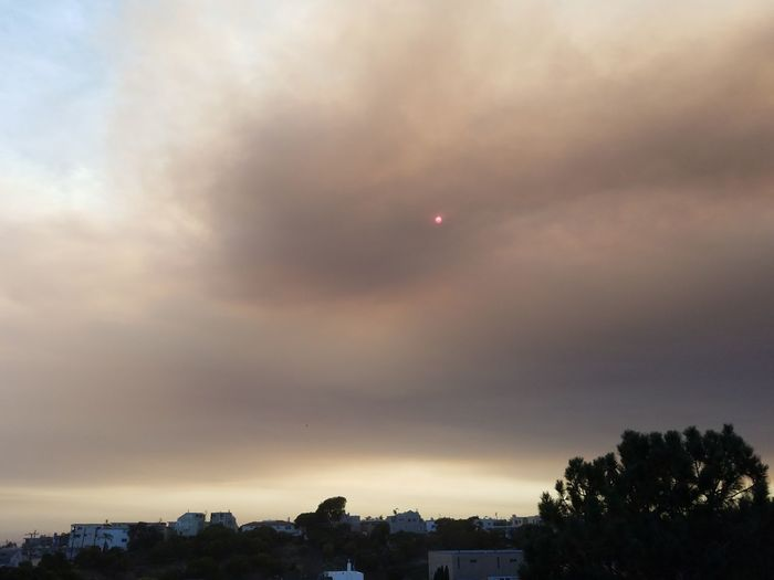Smoke from Sand Fire seen from Hermosa Beach...Smoke Sand Fire Smoke Filled Sky Red Sun Sky Southern California Wildfire Landscape Unedited Samsung Galaxy S7