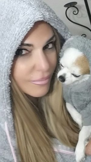 Matching hoodies 😉 🐶💖 To inspire other's Checkout my website at... http://anastasiaverkos.com Dog Love Dog❤ HOODIES Matching Outfits Matching Colors Adorable Dog So Cute Gorgeous ♥ Selfieoftheday Have A Nice Day♥