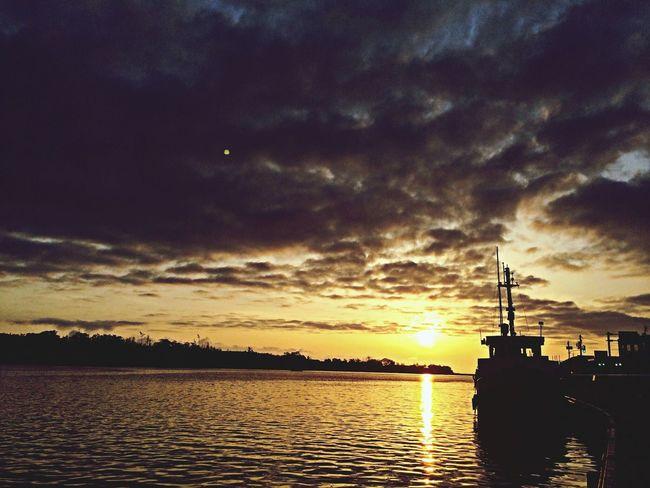 MIKUNI Fisherman Town  Sunset