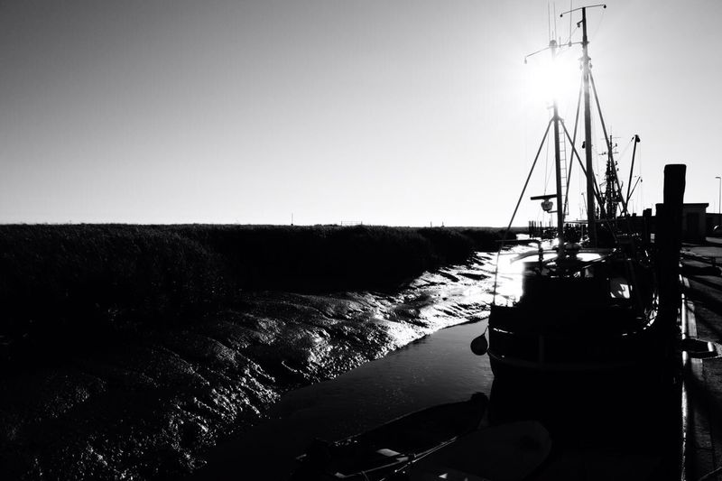 low tide Mast Low Tide Fishing Boat Fisherman B&w Black & White Black And White Blackandwhite Photography Blackandwhite Fischer Harbor Transportation Nautical Vessel Clear Sky Nature