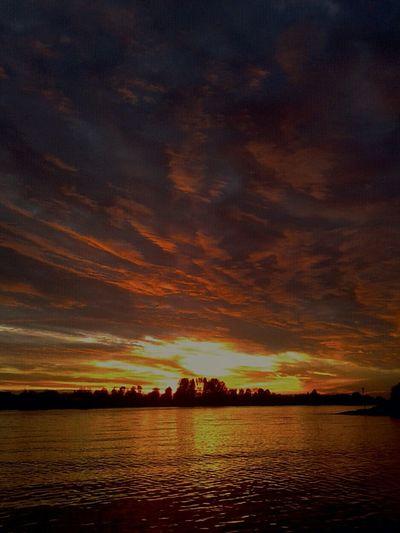 Super Sunsets Zonsondergang Nederland Sunsetporn Sky_collection Sun_collection, Sky_collection, Cloudporn, Skyporn Open Edit