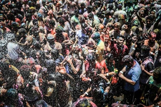 enjoy water prevent overheating when celebrating Holi Festival Celebration Annual SDS returns bigger and better than before in Shree Lakshmi Narayan Temple in Kuala Lumpur Vscocam VSCO Vscomalaysia Amalaysianphoto Mshjournal Sdsholi2016 Photojournalism