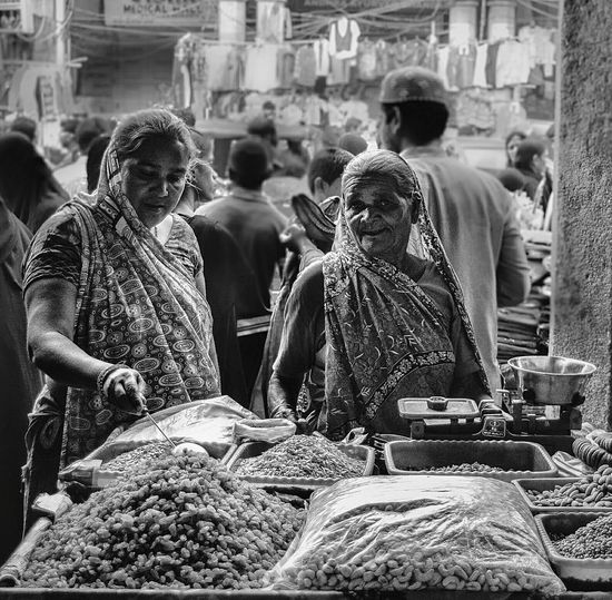 Showcase: November Busy Street Busy Market Old Ladies Dry Fruits Charminar Hyderabad,India Streetphotography Crowded Street Traditional Culture Empowerment  Women Empowerment Selling Charming Old Lady Smile Market Street Market Delight  Women Indian Woman Shopping ♡ Happy People