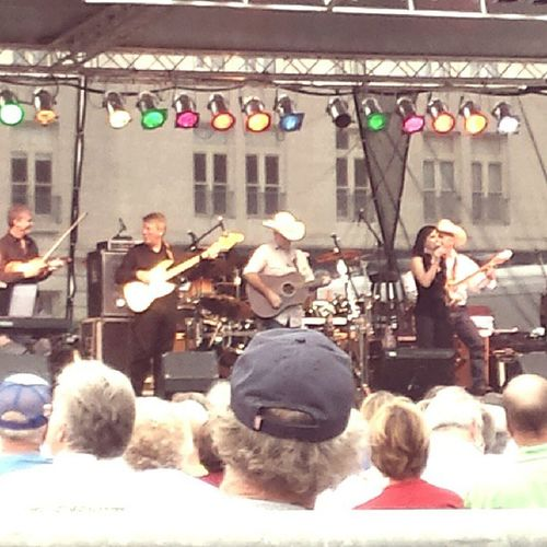 Thejonesboys ( Georgejones band) paying tribute to george in Cattlesburg Kentucky  at the laborday celebration