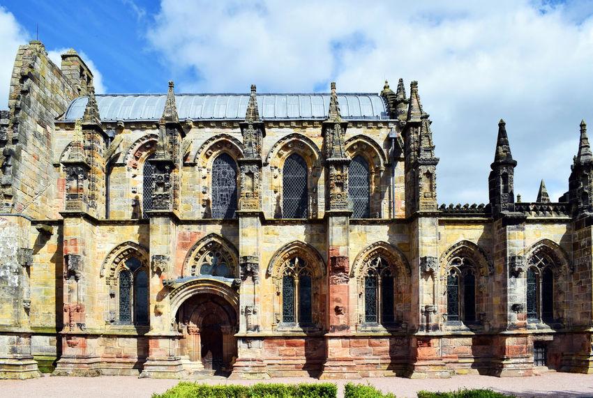 Rosslyn Chapel - Edinburgh, Scotland The DaVinci Code Chapel Architecture Chapel Church DaVinciCode Edinburgh Great Britain Rosslyn Chapel Scotland