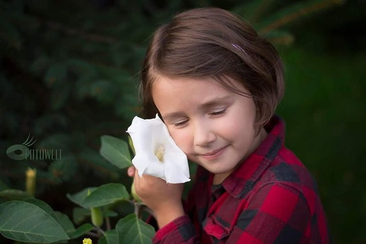 My Little .. Child Headshot Environmentalist Flower Girls Smiling Young Women Biologist Close-up