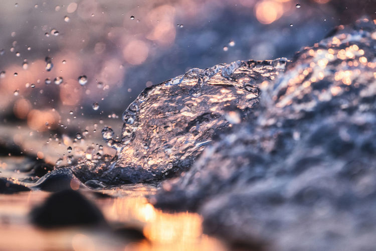 .. 102x365 .. . Selective Focus Close-up No People Nature Water Winter Outdoors Beauty In Nature Rock Cold Temperature Tree Drop Day Tranquility Pattern Rock - Object Solid Sea Seascape Sunset Splashing Waterdrops At The End Of The Day