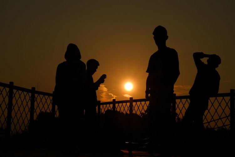 Silhouette Sunset Standing People Party - Social Event Outdoors Tranquility Performance Group