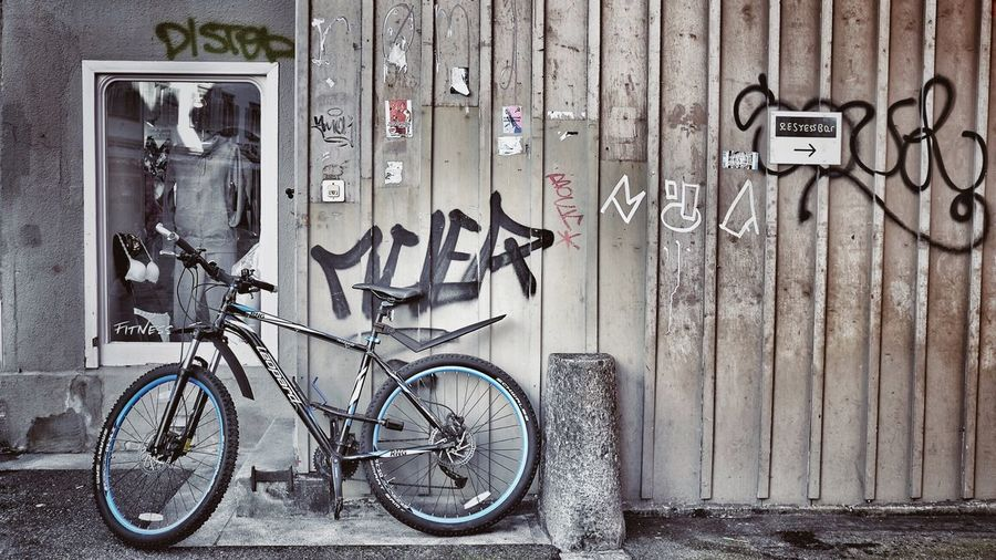 Bicycle Outdoors Built Structure Architecture Taking Photos StreetLife_Award Photography Outdoors Photograpghy  Outside Photography Urbanphotography Cityphotography Photooftheday Interesting Perspectives Graffiti Zurich, Switzerland
