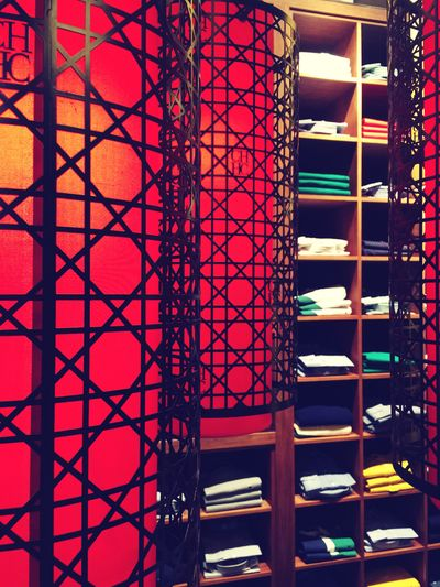 Store Red Light Color Photo Kuwait Avenues Mall
