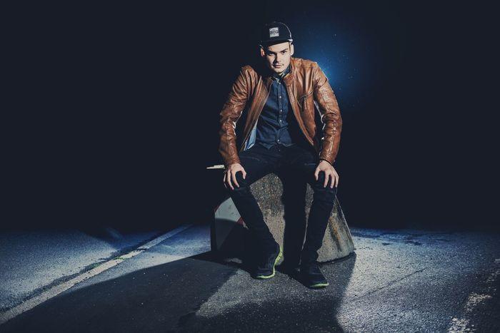 Nightshooting 🌖 Nikon Nikonphotography Germany Germany🇩🇪 Baden-Württemberg  People Stuttgart Fashion EyeEmBestPics Light Hugoboss Nike Nike✔ Gstar Gstarraw Mensfashion Menstyle Men Nightphotography Night Lights The Portraitist - 2017 EyeEm Awards