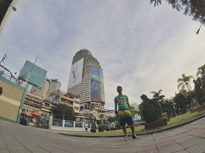 Infamous ghost skyscraper of bangkok, construction of the building was halted during the 1997 Asian financial crisis, when it was already about 80 percent complete. Some locals believe it is a haunted place. Sathornuniquetower Bangkok Hauntedhouse