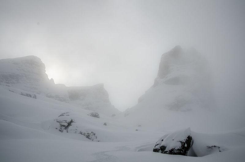 Foggy Powder Powderdays Pulverschnee Ski Mountaineering Snow Capped Mountains Snow Covered Landscape Watzmann Watzmannkar