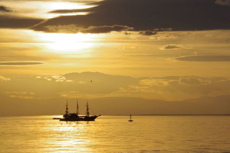 Cloud Cloudscape Sunset Silhouettes Sunset And Clouds  Thessaloniki Thessaloniki Port  Beauty In Nature Cloud - Sky Clouds Clouds And Sky Horizon Over Water Nature Nautical Vessel Scenics Sea Sea And Sky Silhouette Sky Sun Sunset Sunsetlover Sunsets Thessaloniki Greece Tranquil Scene Waterfront
