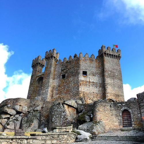 Portugal Penedono Medieval Lovers