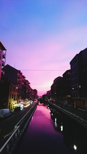Magic Purple Color Of Life Colours Of Nature Purple Urban Skyline Illuminated Sky Travel Destinations Cityscape No People Picoftheday Photography Purple Sky Purple Light Street Light City Life Cool Color Image Lovely The Best Autumn Amazing Place In Love Magic Sky Magic Light Magicmoment EyeEmNewHere