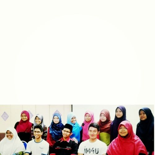 ^_^ Alhamdulillah done with talk given by Pencetus Ummah Sufian Great job Jpk Pasir Salak ! Thank you for welcoming us :) JPK Kiş Kps Deen almightybless muslim uitmperak