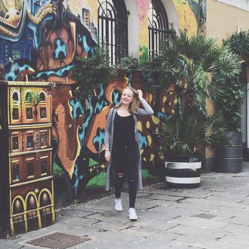 Showcase June Smile Happy Italy Italian Milan Milano Street Streetart Graffiti Grafitti Art. Wall Sun
