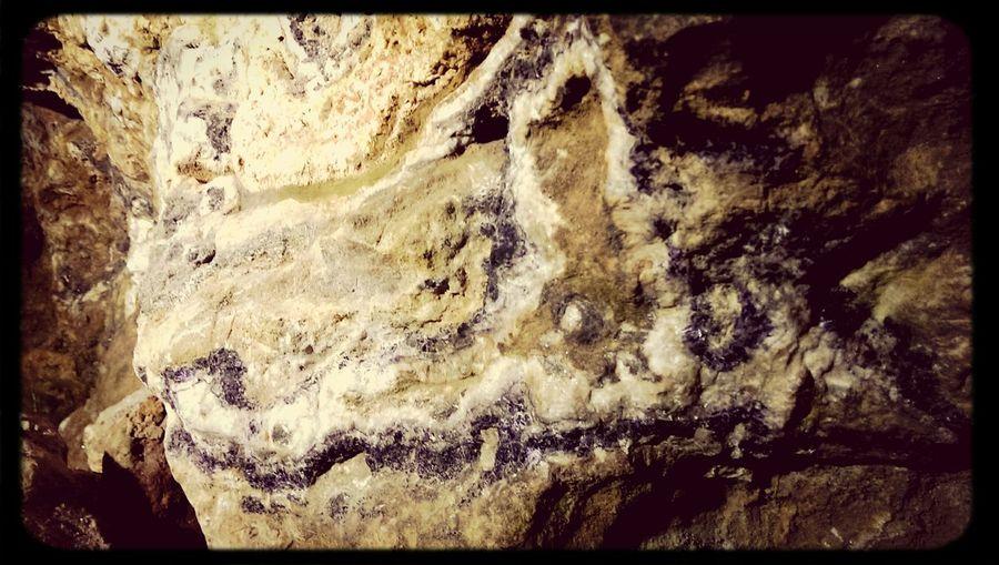 Blue John Cavern Gemstones Rocks And Minerals Cave