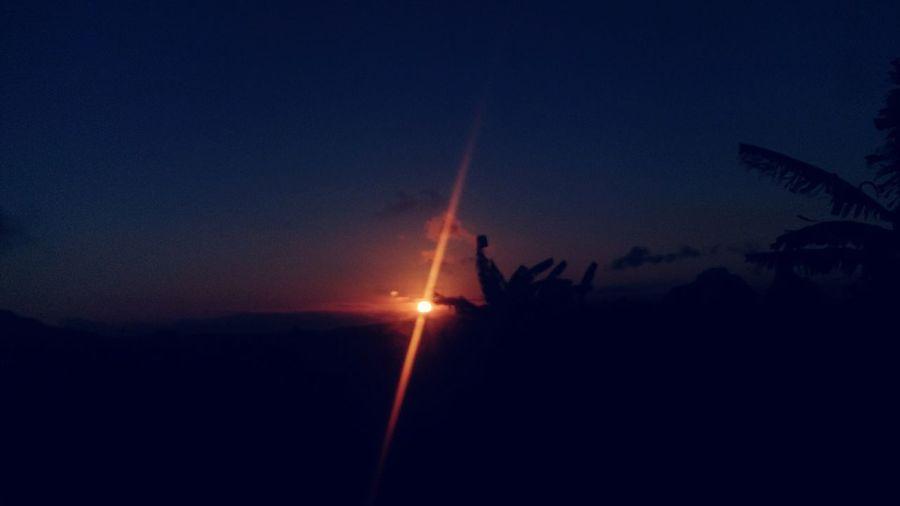 Enjoying Life Sunset #sun #clouds #skylovers #sky #nature #beautifulinnature #naturalbeauty #photography #landscape Mauritius Island  First Eyeem Photo