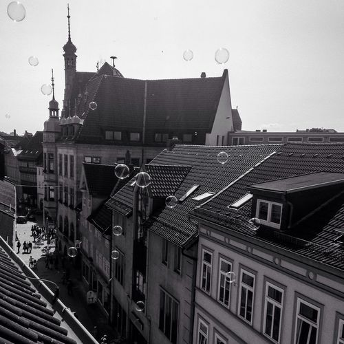 Germany Cityscapes GERMANY🇩🇪DEUTSCHERLAND@ Schwarz & Weiß Blackandwhite Stadt Photography City Citycentre Zentrum Seifenblasen Seifenblase Soap Bubbles Soapbubble Building Häuser The Week On EyeEm