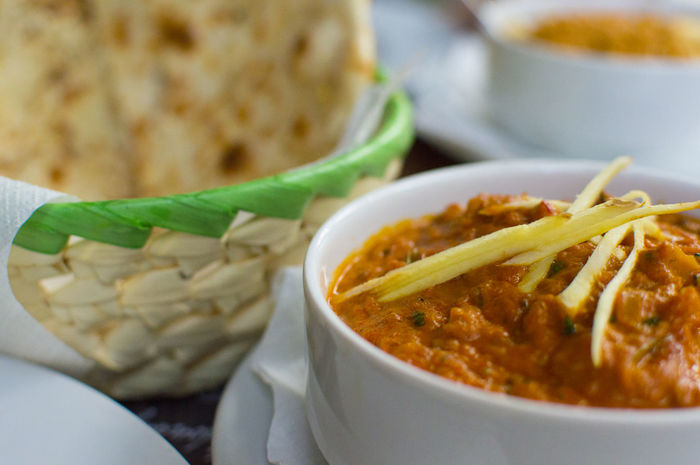 Bowl Food Indian Food Indian Restaurant Naanbread Ready-to-eat Served