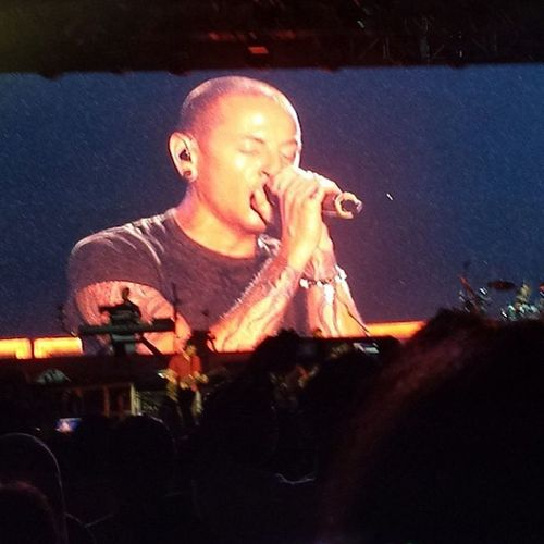 You are amazing tonight Chester Bennington!! Linkinpark Concert Linkparkliveinmalaysia2013