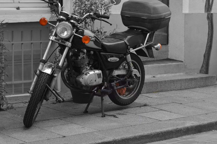 Feel The Journey ✌🏾My first post✌🏾️🏍💨 Motorcyclee Motor Street Streetphotography Youngphotographer Photooftheday Happy Fun Beautiful Likeforlike Beauty Sdsrg Follow Followme First Eyeem Photo