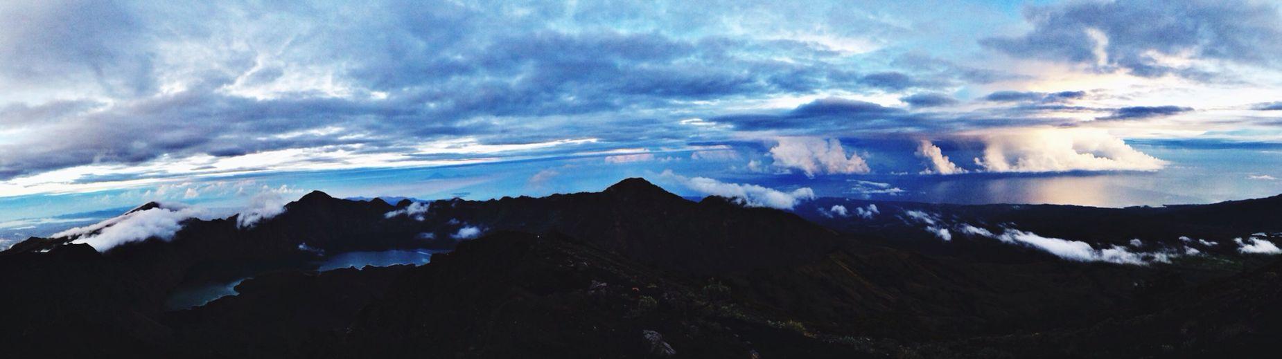 Cloudporn Trekking Skyporn Mountain