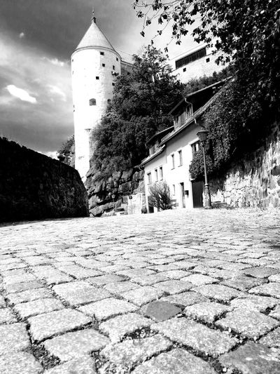 Blackandwhite Black & White Turm Unforgettable ♥ Unforgettable Moment Ruins Architecture Wall Mauer Tree City Clock History Sky Architecture Building Exterior Built Structure Old Town Castle