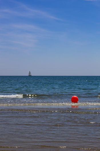 Minimal Venice. ©FILIPPI GIULIA PHOTOGRAPHY. All rights reserved. Colors Holiday Nature Reflection Relaxing Sunlight Tranquility Wave Ball Beach Blue Boat Horizon Over Water Italy Outdoors Photography Photooftheday Sand Sea Sky Summer Sun Sunshine Venice Water