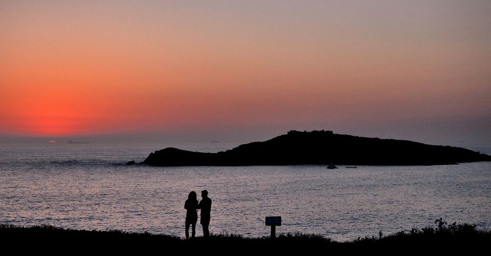 Island Seascape Hanging Out Ilha Do Pessegueiro Desertisland Couple In Love Nature Photography First Eyeem Photo EyeEm Nature Lover EyeEm Best Shots - Sunsets + Sunrise Eyeemphotography