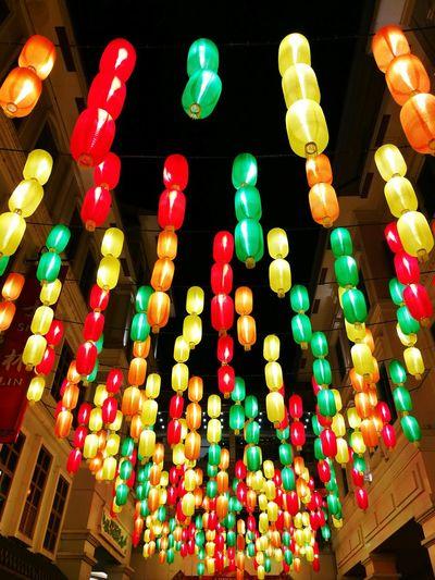 Kung Hei Fat Choi! ✨🎆 First Eyeem Photo Nightlife Lights Lanterns Chinesenewyear Illuminated Colorful