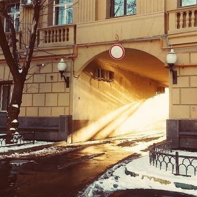 A portal to the sunny land. Vscocam Moscowwinter