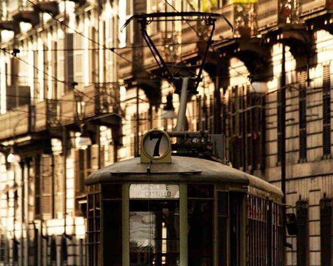 7⃣ Circolare P. Castello Tram Fermatato Torino Turin Torinocentro Torinoélamiacittá Torinodigitale Turismotorino Cittaditorino Ig_turin Vivotorino Igers Igersitalia Igerstorino Igerspiemonte Volgotorino Volgopiemonte