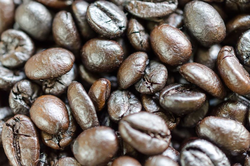 Abundance Backgrounds Brown Close-up Coffee Bean Day Food Food And Drink Freshness Full Frame Group Of Objects Healthy Eating Indoors  Large Group Of Objects Nature No People Raw Coffee Bean Roasted Still Life