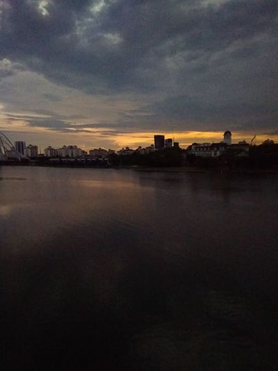 nature Sunset City Reflection Cloud - Sky Outdoors Sky River Dramatic Sky Water No People Bridge - Man Made Structure Architecture Beauty In Nature Night Cityscape