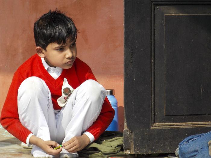 A thinking kid